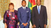 "The pictures are making buzz on social networks. The captain of the ""Lions indomptables"" of Cameroon, Samuel Eto'o and Campaoré family took early on Wednesday, several pictures that aroused discussions […]"