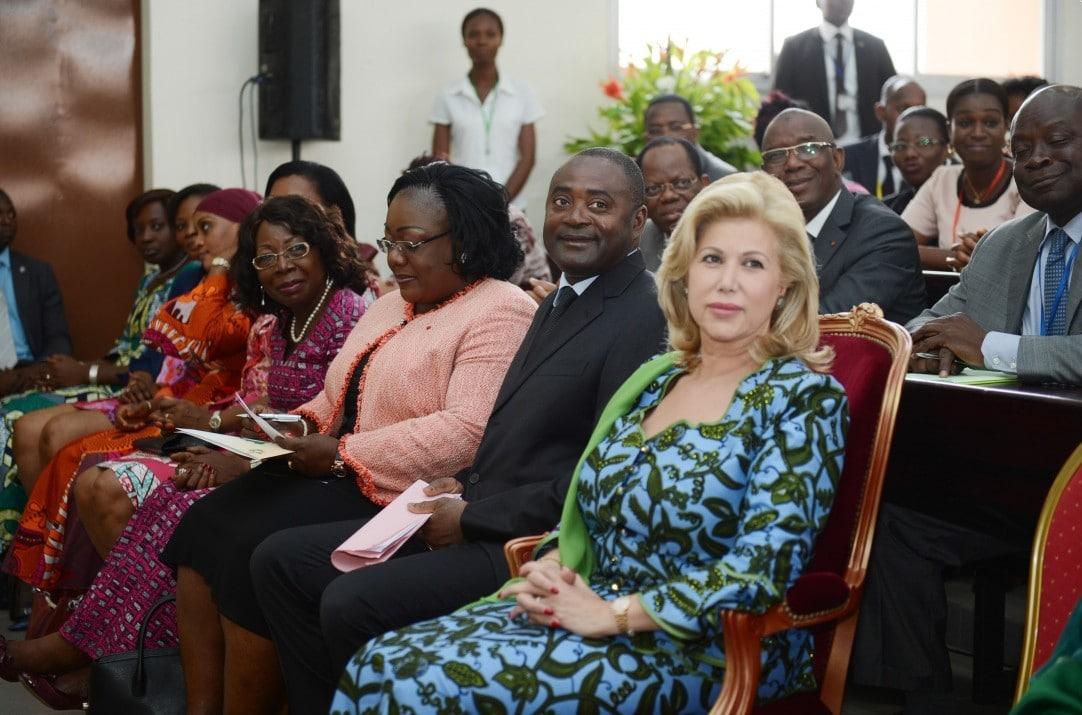 Ivory Coast: Dominique Ouattara grants 100 million to women