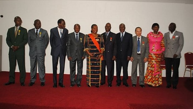 Ivory Coast: the authors of the 1st transplants of kidney honored
