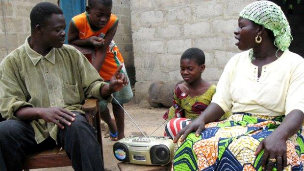 Sierra Leone: radio program for pupils at home