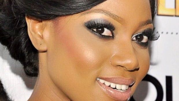 Yvonne Nelson: the actress persists and signs she does not whiten her skin