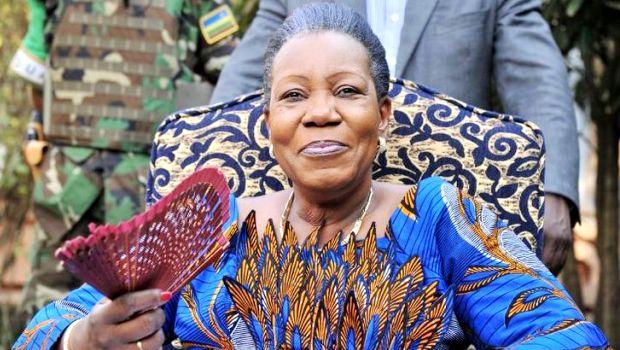 613446-la-nouvelle-presidente-de-transition-centrafricaine-catherine-samba-panza-lors-d-une-conference-de-p