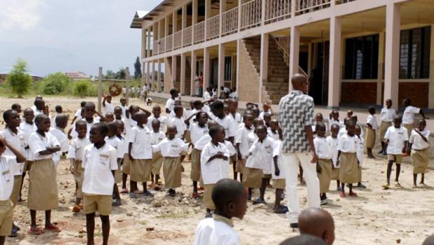 Ecole_Carolus_Magnus_Schule-Burundi_0