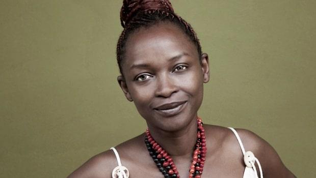 Koyo Kouoh, commissaire d'expositions indépendante et opératrice culturelle camerounaise, fondatrice et directrice artistique de Raw Material Company à Dakar.