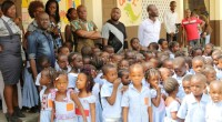 The Ivorian musical group, Magic System, paying visit last Thursday to two schools he offered to the village of Anoumabo in the municipality of Marcory (South of Abidjan) to show […]