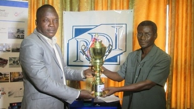 Culture of excellence: Komla Eklu receives the «Icon of the presse» prize