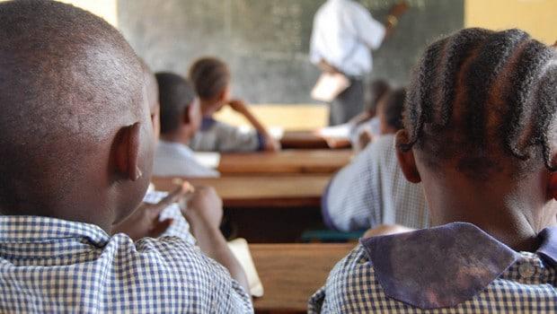 Gabon : le gouvernement sauve l'année académique 2014-2015