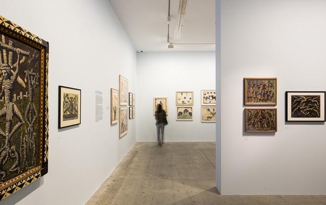 Vue de l'exposition Beauté Congo – 1926-2015 – Congo Kitoko,, Fondation Cartier pour l'art contemporain, 2015. © Luc Boegly