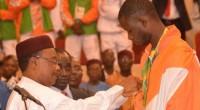 L'athlète nigérien Abdoulrazak Issoufou Alfaga médaillé de bronze (Taekwondo 80kg et+) aux Jeux Olympique de Rio est reçu jeudi comme une star à l'aéroport International Diori Hamani. Une immense foule […]