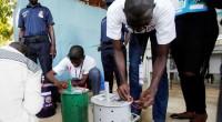 Les Gambiens retiennent leur souffle. Le décompte des voix, mieux des billes, se poursuit en vue du scrutin présidentiel du 1er décembre 2016. A en croire nos confrères de l'agence […]