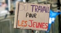 Au Tchad, l'un des pays en proie au chômage, les jeunes diplômés, environ une centaine, ont mis le feu à leurs diplômes, lundi, devant l'Assemblée nationale, pour se faire […]