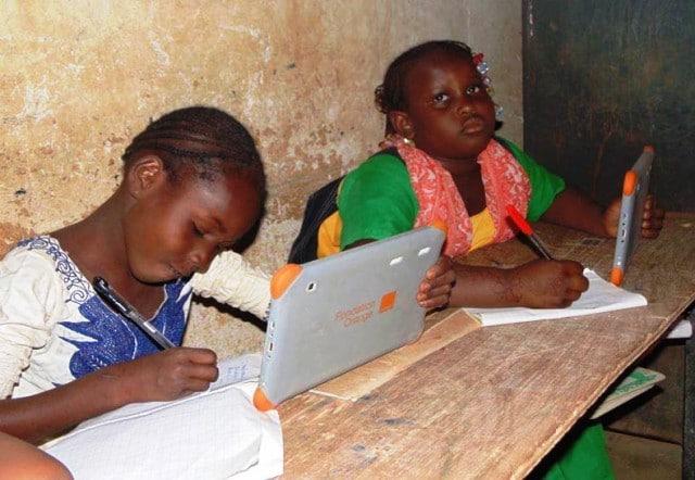 Orange Cameroun lance son projet d'« Ecoles numériques »