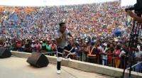 Les gars d'Afro style, dansant sur « Aboudou », le titre qui a fait d'eux des stars. L'ambiance était au rendez-vous ! Jerry Marcoss les a introduits comme étant de […]