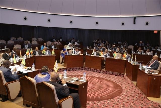 UA: les ministres recommandent le lancement du marché unique africain des transports aériens en juin prochain