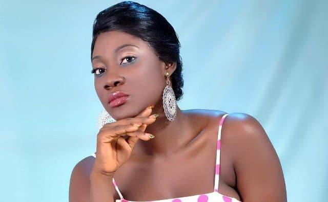 Une ivoirienne teint claire de 20ans - 1 3