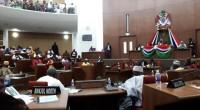 Les 58 nouveaux députés gambiens ont tenu leur première séance mardi 11 avril dans une Assemblée nationale bondée pour l'occasion. Sur les bancs, 53 élus lors du vote de jeudi […]