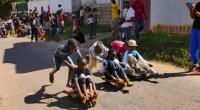 Dans les campagnes des hauts-plateaux malgaches, il est un jeu d'enfant qui revient progressivement au goût du jour. On l'appelle « course de calèches ». Mais ne vous y méprenez […]