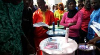 Dernière répétition pour les responsables des bureaux de vote de Gambie. Dans trois jours, le jeudi 6 avril, ils seront embauchés par l'IEC (Independant Electoral Commission) pour assurer le bon […]