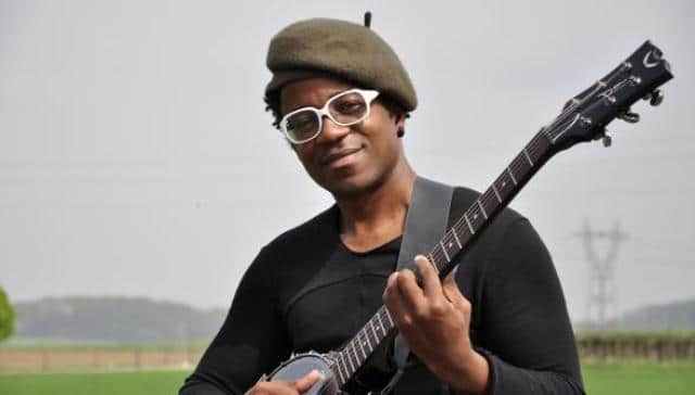 Blick Bassy: le crack de la musique est aussi un as de la plume