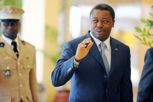 Les premiers présidents africains à avoir félicité Macron