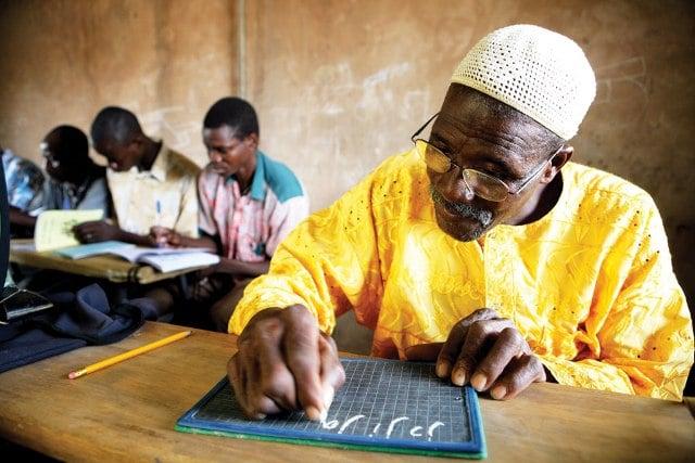 Prix international d'alphabétisation: l'Unesco lance un appel à candidature
