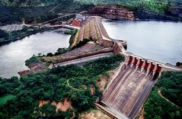 Barrage d'Akosombo, fleuve Volta, Eastern Region.