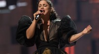 La chanteuse Emel Mathlouthi qui n'a pas pu se produire en Tunisie depuis 5 ans vient de voir un de ses concerts annulé au festival de Carthage. Elle parle d'un […]