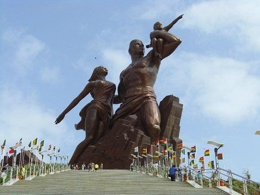 Monument-de-la-renaissance-africaine