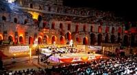 Avec le Festival, l'amphithéâtre revit, mais il vit son époque : les sons de la musique, caressants ou mordants, féconds ou arides, se sont substitués aux rugissements des fauves et […]
