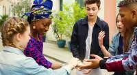 La béninoise Angélique Kidjo et le sénégalais Youssou N'Dour ont prêté leurs voix à l'UNICEF.Kids United, un collectif d'adolescents d'origine française formé pour une campagne de l'UNICEF en 2015, vient […]