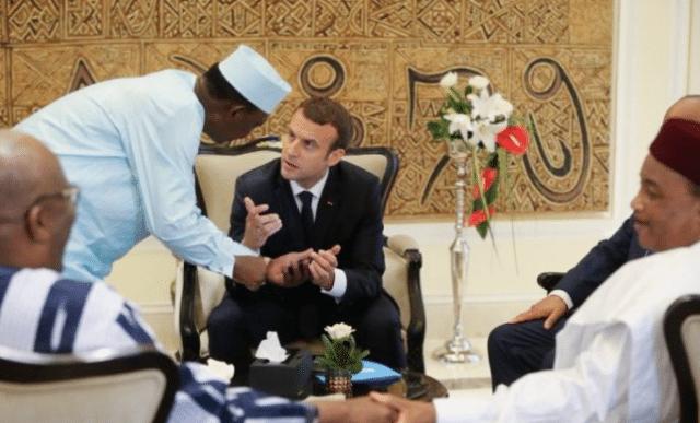 Macron s'attaque aux femmes africaines