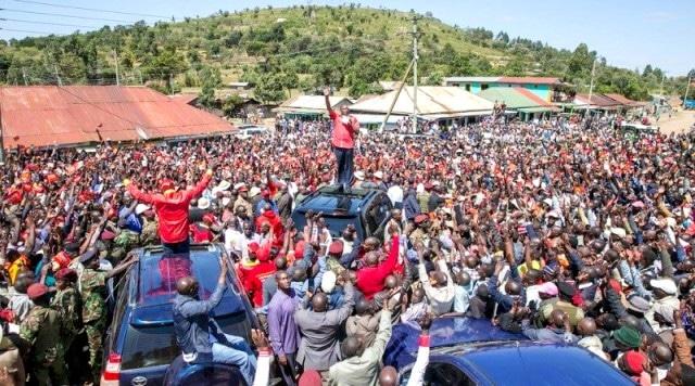 Kenya: l'élection présidentielle soumise aux «fake news»
