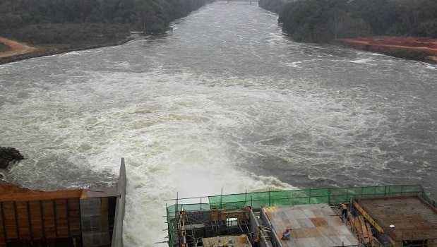 barrage de Lom Pangar