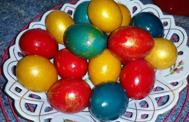 oeufs coloré