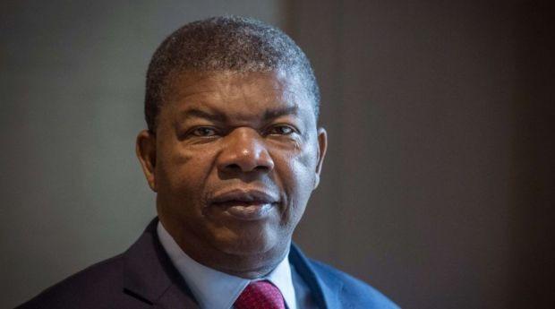 Après un calmeprécaire à la suite de son ascension au pouvoir en septembre dernier, le nouveau président Angolais continue son remue ménage. Le président Joao Lourenço qui, pendant les campagnes, […]