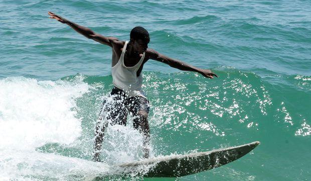 Le surf, ce sport prometteur au Libéria !