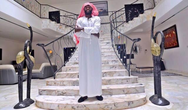 Découvrez la vie luxueuse d'Emmanuel Adebayor (21 photos)