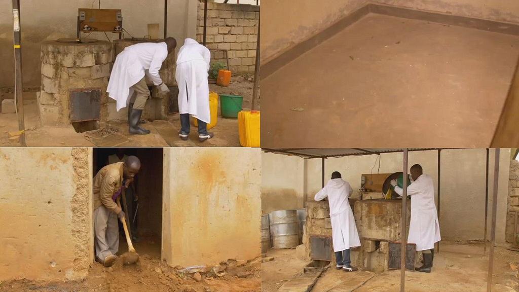 Rwanda: des étudiants fabriquent des «dalles écolo» sans machine industrielle