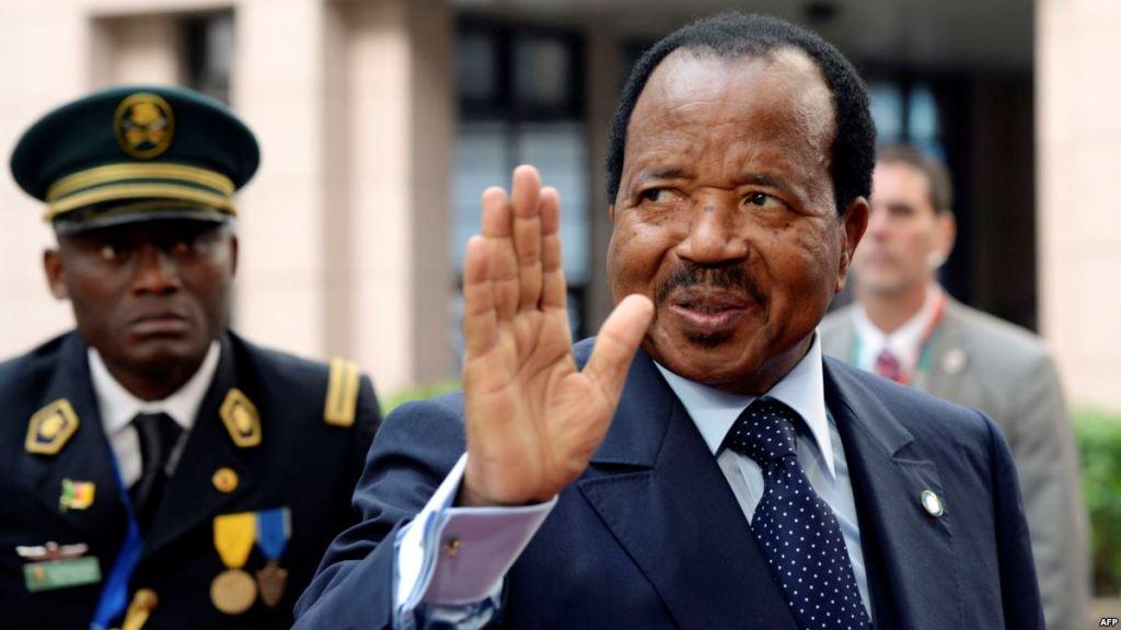 Des ordinateurs défaillants: un «cadeau empoisonné» de Biya aux étudiants Camerounais