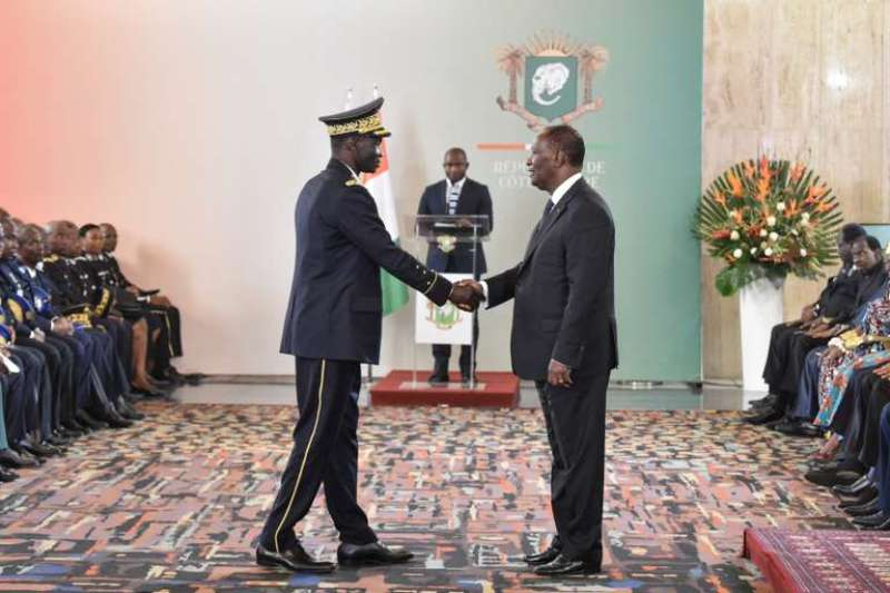 Côte d'Ivoire: l'armée présente ses excuses à Ouattara