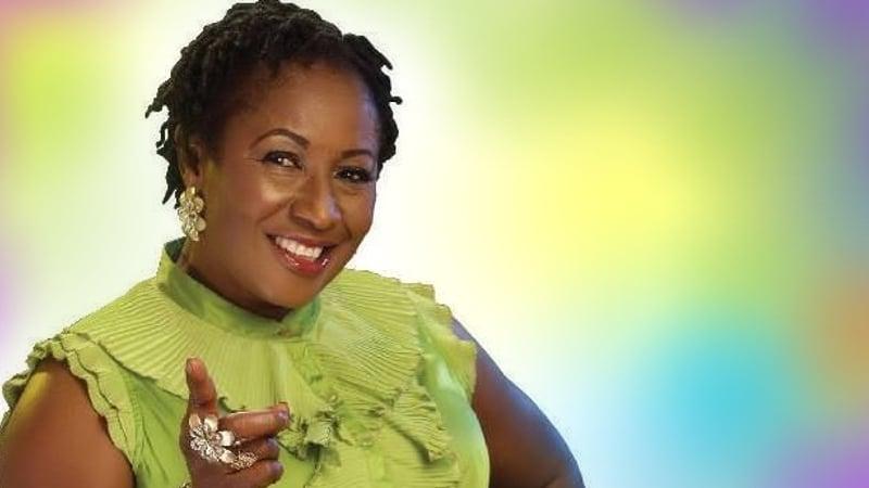 nig ria l 39 actrice patience ozokwor grand m re pour la 16 me fois africa top success. Black Bedroom Furniture Sets. Home Design Ideas