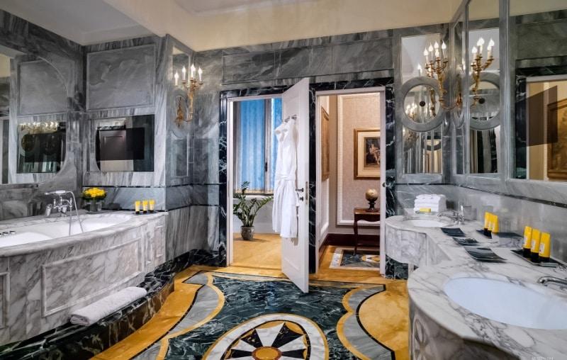 les 10 h tels les plus luxueux au monde photos africa top success. Black Bedroom Furniture Sets. Home Design Ideas