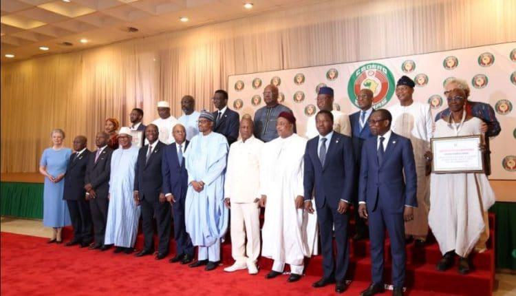 Monnaie 'Eco' : une rencontre des chefs d'Etat prévue le 21 décembre