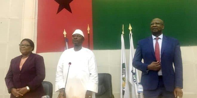 Guinée-Bissau : deux présidents investis pour un seul fauteuil