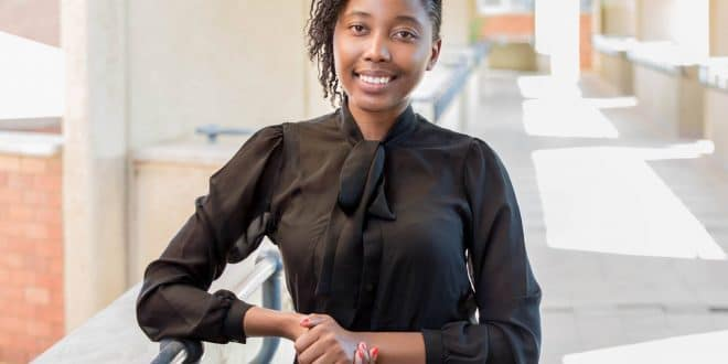 Emma Theofilus : tout sur la plus jeune ministre d'Afrique (Vidéo)