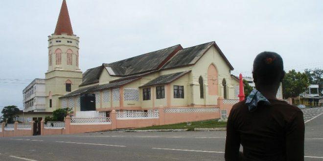 Ghana : réouverture des lieux de culte avec conditions
