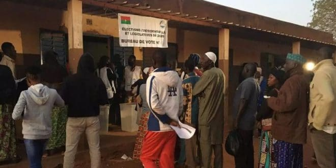 Burkina Faso : scrutins à plusieurs enjeux ce dimanche