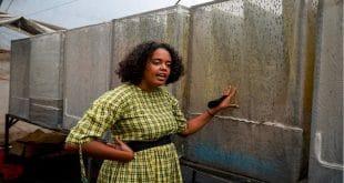 Talash Huijbers : la Kényane utilise les mouches pour traiter les déchets
